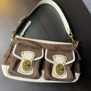Coach Double Pockets Shoulder Bag